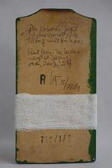 Arbeit 4 (Harald Reichmann) Tags: symbol kunst kreuz brett r material holz jagd zitat verband objekt stck schneidbrett arbeit4
