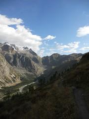 Tour De Mont Blanc, Alpen 074 (tomdebruycker) Tags: blue camping france mountains alps nature trekking walking geneve hiking lac du solo alpen midi courmayeur chamonix wandern montblanc refuge frenchalps tmb tourdumontblanc longdistance leshouches tourmontblanc aguille coldubonhomme