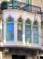 Barcelona - Girona 133 d 1 (Arnim Schulz) Tags: barcelona espaa art window architecture liberty ventana spain arquitectura arte fenster kunst catalonia finestra artnouveau gaud architektur catalunya espagne fentre modernismo catalua spanien modernisme jugendstil espanya katalonien stilefloreale belleepoque baukunst
