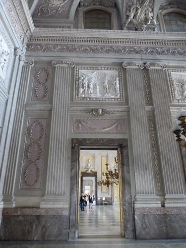 Reggia Caserta - Bourbon royal palace, guard room, doorway