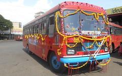 Beautifully Decorated VIta Depot Bus Clicked At Sangli stand (gouravshinde94) Tags: msrtc bus vita sangli birthday