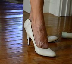 _DSC0058jj (ARDENT PHOTOGRAPHER) Tags: calves muscular female woman flexing skinny mature milf gilf highheels tiptoe