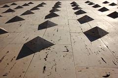 Piramides (alvaro.foto) Tags: sombra piramides infantado palacio guadalajara