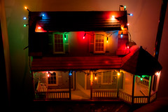 Christmas Dollhouse (tommaync) Tags: christmas decorations red house green oneaday yellow lights miniature nc nikon december northcarolina photoaday dollhouse pictureaday 2014 chathamcounty d40 project365 project365340 project365120714