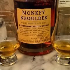 #Whisky #provning och denna #blended #Monkey #Shoulders var mycket trevlig och spnnande att f smaka. #torsdagswhisky (Jan Ekstrm) Tags: square monkey squareformat blended whisky scotch shoulder instagramapp uploaded:by=instagram