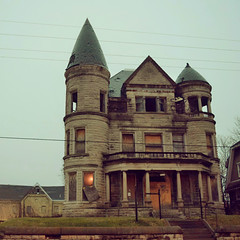 So, I hear work has started on the main parts of the mansion. This was the place that started my love with the #abandoned and #forgottenlouisville . thank you for starting the love affair  #ouerbackermansion #ouerbacker (tsodan03) Tags: abandoned ouerbacker ouerbackermansion forgottenlouisville