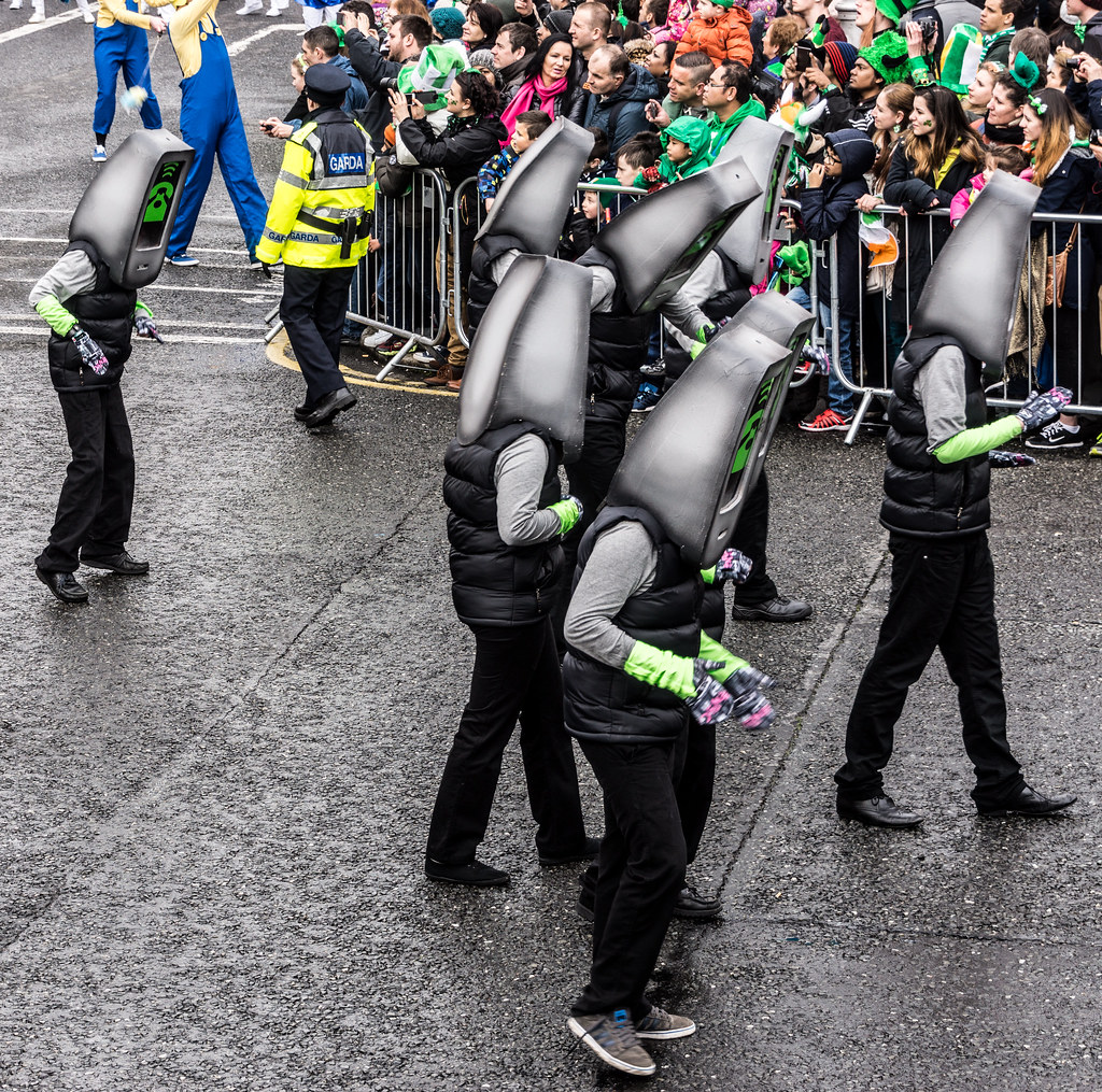 Buí Bolg Outdoor Arts At The St. Patrick's Parade In Dublin [2015]-1022492