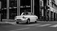 Oui ...mais c'est cher (Lens a Lot) Tags: paris | 2016 carl zeiss distagon 35mm f28 1991 6 blades iris cy mount black white street photography car vintage manual german west japan made prime lens panhard pl 17 1963 httpsenwikipediaorgwikipanhard