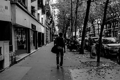 IMG_9856 (Lens a Lot) Tags: paris | 2016 carl zeiss distagon 35mm f28 1991 6 blades iris cy mount f4 black white street photography city life depth field contrast cars people tree building vintage manual german made japan prime wide angle