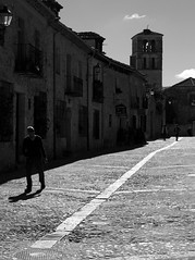 by walking around (pepe amestoy) Tags: blackandwhite streetphotography people pedraza segovia spain fujifilm xe1 carl zeiss t planar 250 zm