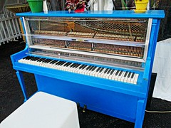Blue piano (DannyAbe) Tags: rochester fringefestival piano blue instrument music