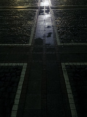 into the light (Matthias Bober) Tags: germany hessen frankfurt frankfurtammain zeil konstablerwache