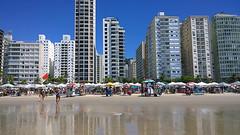 Vero (Natal Forcelli) Tags: ocean city sea cidade summer brazil praia beach azul brasil natal sopaulo sp vero guaruj oceano pitangueiras laplage forcelli imagensdobrasil