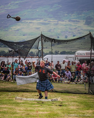 Take that ! (FotoFling Scotland) Tags: scotland kilt traditional scottish event clan heavyweight highlandgames strathyre lochearnhead balquidder heavyweightevents stratheyre lochearnheadgames