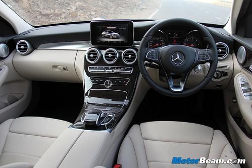 2015-Mercedes-C-Class-Diesel-07