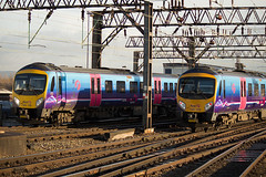 185119 185145 Manchester Piccadilly 16012015 (TheSilkmoth) Tags: siemens manchesterpiccadilly tpe transpennine desiro transpennineexpress class185 firsttranspennineexpress firsttranspennine 185119 185145