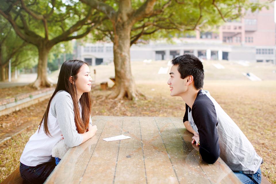 情侶寫真,嘉義寫真,寫真推薦,自助婚紗,婚禮紀錄,孕婦寫真,中正大學