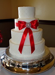 Ross (Sweet Expressions Cakes) Tags: diamondpattern buttercreamweddingcake tour18golfclub