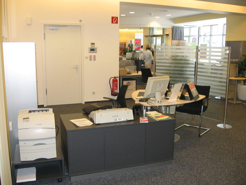 Einrichtung Sparkasse Büro (budinskieinrichtung) Tags: Boot Yacht Fenster  Badmöbel Möbel Küche Carport Pavillon