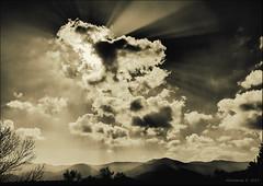 Fire in the Sky !!! (Alcosinus   ON-OFF ) Tags: sky nature landscape ciel paysage lightrays spia innamoramento nikond700 alcosinus rayonslumineux fleursetpaysages