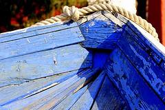 Retirada  de la mar (camus agp) Tags: espaa barcas pesca canoneos malaga azules proas