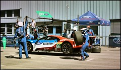 Boxenstopp 5 (Mickas Photografie) Tags: sony alpha 6000 ilce mickas photos mickasphotos ford performance gt lemans ecoboost chip ganassi racing team werke ag kln cologne niehl boxenstopp pitstop 66 gte pro stefan mcke