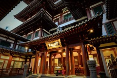 Buddha Tooth Relic Temple (gavingmb) Tags: nikon d610 fx outdoor atmospheric hdr travel photography travelphotography 20mm f18 prime chinatown singapore buddha tooth relic buddhatoothrelic se asia tourism