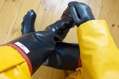 The real Argyll is wetter. (essex_mud_explorer) Tags: argyll gates dumfries vintage rubber wellington boots wellies wellingtons welly rubberboots wellingtonboots rainboots rain rainwear gloves gauntlets marigoldemperor me107 hellyhansen nusfjord gummistiefel rubberlaarzen