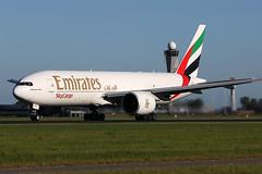 A6-EFF 06082016 (Tristar1011) Tags: eham ams schiphol emiratesskycargo boeing 777200f b772 a6eff cargo freighter