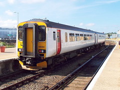 156422 at gt yarmouth (47604) Tags: class156 156422 abellio dmu sprinter gt great yarmouth