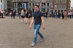 Dam - Amsterdam (Netherlands) (Meteorry) Tags: europe nederland netherlands holland paysbas noordholland amsterdam amsterdampeople candid dam center centre man homme male boy lad guy jeans sneakers trainers skets baskets converse allstars chucks chucktaylor damrak