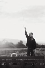 Í Fnjóskadal (Dalla*) Tags: summer portrait boys field fence landscape iceland straw réttir fnjóskadalur afrétt wwwdallais