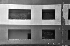 Pompei (Jean-Luc Lopoldi) Tags: bw noiretblanc block appartement hlm immeuble vide abandonn dmolition