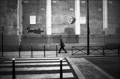 Paris (Etienne Despois) Tags: blackandwhite bw paris canon ftb strk blackwhitephotos