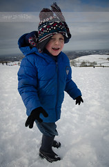 Dad, it's cold! (Philip R Jones) Tags: winter portrait snow cold hat snowy windy woollyhat snowfun childrenhavingfun wideangleportrait