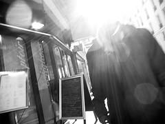I lost my head... (mouzhik) Tags: light blackandwhite bw paris blancoynegro luz monochrome backlight canon contraluz licht noiretblanc lumire streetphotography nb monochrom nophotoshop bianconero luce parijs contrejour biancoenero controluce pars gegenlicht blanconegro zemzem wiato luma againstthelight   photoderue muzhik pary mujik parys  schwarzweis   pariisi    photographiederue  parizo ilostmyhead moujik fotografiadistrada fotoderua strasenfotografie  mouzhik   perdrelatte     pars jaiperdulatte denkopfverlieren y  prizs