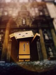 4/52: Dreams don't need God! (ampiistola) Tags: light luz ipod cathedral lima box dreams danbo