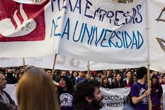 Fuera empresas de la universidad! (Jantbrown) Tags: de sevilla universidad 32 manifestacin huelga estudiantes wert 26f decreto
