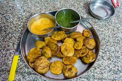 Udaipur, India (DitchTheMap) Tags: pakistan food india white hot green bread asian lunch cuisine asia flickr dish background indian mint fast vegetable crispy snack vegetarian oily pakistani gram snacks onion samosa appetizer spicy flour fried ramadan bhaji isolated chutney rajasthan udaipur pakora pakoda 2016 pakoras