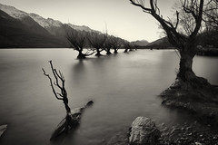Aiming for the mountains (Pat Charles) Tags: newzealand nz southisland glenorchy queenstown otago centralotago southern alps longexposure tripod lake wakatipu nikon blackwhite bw monochrome mountains snow winter hills cold