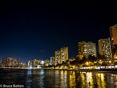 160711 Honolulu-08.jpg (Bruce Batten) Tags: night usa northpacificocean plants subjects reflections buildings businessresearchtrips trees locations trips occasions oceansbeaches urbanscenery celestialobjects starsconstellations people hawaii honolulu unitedstates us atmosphericphenomena cloudssky
