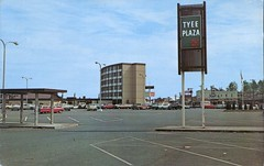 Tyee Plaza, Campbell River, BC (SwellMap) Tags: postcard vintage retro pc chrome 50s 60s sixties fifties roadside midcentury populuxe atomicage nostalgia americana advertising coldwar suburbia consumer babyboomer kitsch spaceage design style googie architecture mall shop shopping plaza