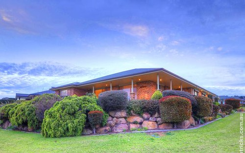 17 Waverley Place, Bourkelands NSW 2650