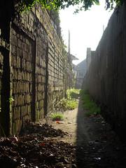 Legian Laneway (enjosmith) Tags: lane bali wall