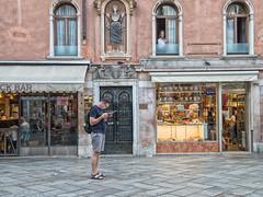 Princess' watching you (JLAerts) Tags: venice venezia venetie