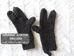 Minion Mitts 01 (zreekee) Tags: sparkledoomdesigns crochet handmade minions gloves mitts