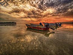 IMG_7478 ~ in darkest hour (alongbc) Tags: jubakarpantai tumpat kelanta kelantan malaysia travel places trip canon eos700d canoneos700d canonlens 10mm18mm wideangle sunrise coast clouds sky fishingboat fishingvillage