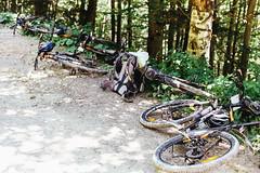 / spacer na rowerzach (suhodolskiy) Tags: carpathians ukraine travel mountains landscape bukovel       kodak colorplus 200 film filmphoto nikon n90