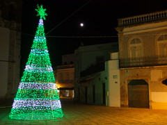 Christmas comes to Olho (cyclingshepherd) Tags: christmas light moon white tree green portugal square lights star december decoration noel tiles algarve azulejos olho 2014 cyclingshepherd