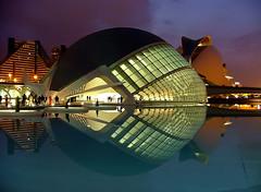 Valencia (b.stanni) Tags: city building valencia architecture spain stadt architektur spiegelung gebäude spanien